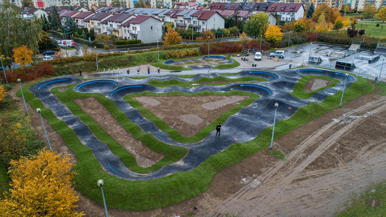 Jeden z największych pumptracków w Polsce powstał w Sieradzu!